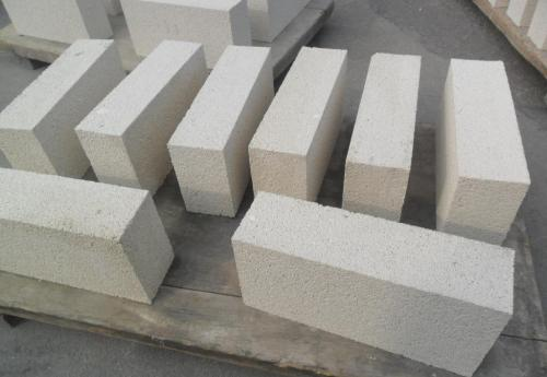 Introduction to the use of high alumina bricks and refractory bricks